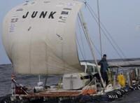 Junkboat2